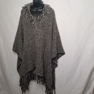 Anthropologie Do Everything With Love Knit poncho